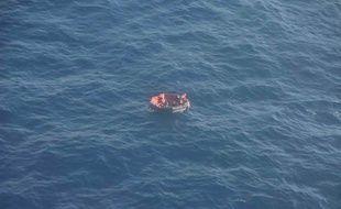 Le caneau de sauvetage des quelques rescapés du naufrage du Bourbon Rhode.