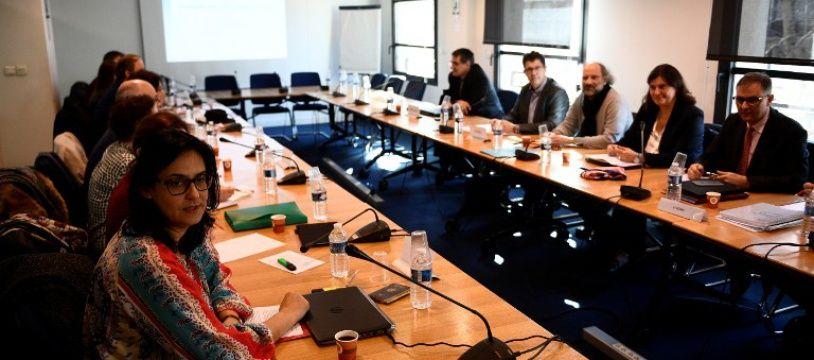 Syndicats et représentants du Medef lors des négociations sur l'assurance chômage le 1 février 2017