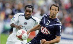 Bordeaux et le Paris SG se sont neutralisés (0-0), dans un match sans grand relief qui doit leur laisser un goût d'inachevé dans leurs quêtes respectives de la Ligue des Champions et du maintien, samedi en match avancé de la 32e journée de L1.