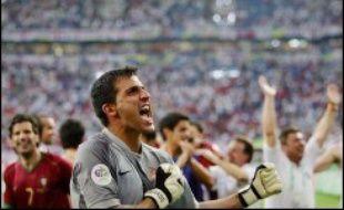 Le Portugal a retrouvé la voie des demi-finales d'une Coupe du monde de football, quarante ans après sa seule apparition à ce niveau, en dominant une Angleterre réduite à dix (0-0 a.p., 3-1 t.a.b.) en quarts de finale du Mondial-2006, samedi à Gelsenkirchen.