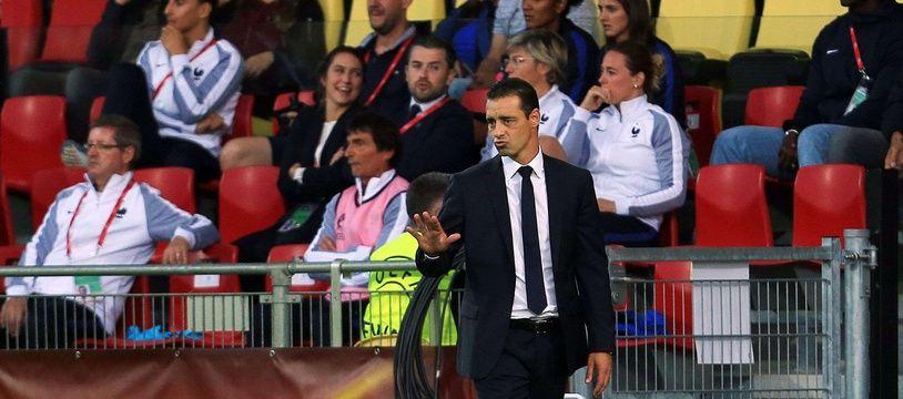 Le sélectionneur de l'équipe de France Olivier Echouafni, lors de France-Angleterre le 30 juin 2017.