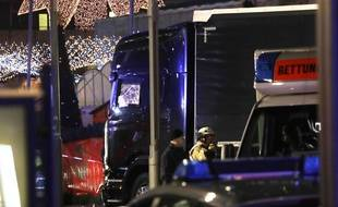 Le camion qui a foncé dans la foule à Berlin, le 19 décembre 2016