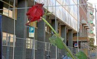 La rue Grubbegata, dans le centre d'Oslo, porte encore les stigmates de l'attentat à la bombe du 22 juillet.
