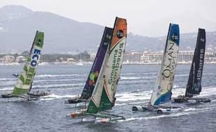 Les Extreme 4O dans la baie d'Hyères le 2 juillet 2009 lors de la 2e étape de la iShares Cup.