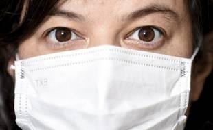 De nombreux soignants de ville attendent désespérement de recevoir des masques de protection pour poursuivre leur activité, et craignent une pénurie.