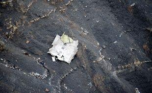 Photo des lieux du crash de l'A320 de Germanwings dans les Alpes, le 25 mars 2015.