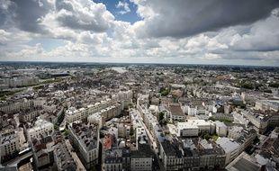 La ville de Nantes, vue du haut de la Tour Bretagne.