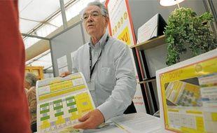 Gérard Siegel, hier, à la Foire européenne de Strasbourg, présente son jeu Doyu.