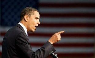 Le sénateur Barack Obama a rouvert les hostilités lundi dans la bataille qui l'oppose à la favorite Hillary Clinton à l'investiture démocrate pour la présidentielle américaine, autour du rôle de l'ex-président Bill Clinton, dans une campagne à l'issue incertaine.