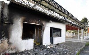La gare de péage de Bessan a été incendiée à plusieurs reprises