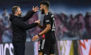 Hans-Dieter Flick et Eric Choupo-Moting, radieux lors de la victoire du Bayern Munich sur la pelouse du RB Leipzig, samedi dernier.