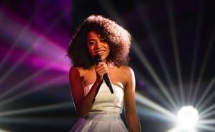 Whitney est l'une des finalistes de The Voice