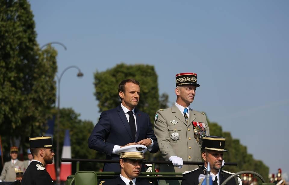 Après les propos de Macron sur Pétain, l'Elysée tente d'apaiser la polémique 960x614_emmanuel-macron