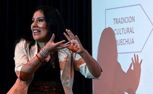 La linguiste péruvienne Roxana Quispe a soutenu sa thèse en quechua, une première.
