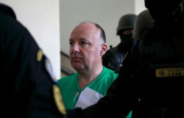 Christophe Naudin à son arrivée au tribunal le 2 juin 2016 à Saint-Domingue