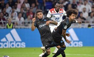 Jordan Amavi et Luiz Gustavo ont pris l'eau face à Bertrand Traoré.