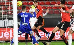 Buteur de la tête samedi face à Brest, le capitaine Damien Da Silva en est déjà à trois buts depuis le début de la saison.