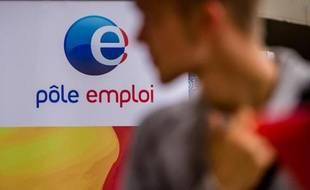 Le logo de Pôle Emploi, pendant un salon sur l'emploi, à Villeneuve-d'Asq, le 30 septembre 2014