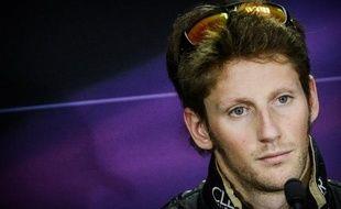 Le contrat de Romain Grosjean, titulaire cette saison dans l'écurie Lotus de Formule 1, est prolongé pour la saison 2013, a annoncé lundi soir un communiqué de l'écurie anglo-luxembourgeoise, 4e du championnat du monde constructeurs 2012.