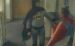 Capture d'écran d'une vidéo surveillance datée du 25 février 2013 à Bradford.
