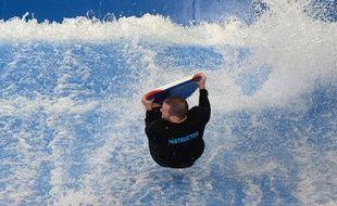 Photo d'illustration d'un complexe de surf indoor aux Etats-Unis.