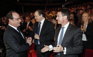 Francois Hollande, Manuel Valls et Jean-Christophe Cambadelis, le 3 mai 2016.