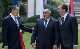 Les Premiers ministres roumain Victor Ponta, bulgare Boyko Borisov et serbe Aleksandar Vucic le 24 octobre 2015 à Sofia