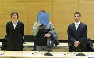 L'auteur de l'empoisonnement a été condamné à la réclusion à perpétuité par le tribunal de Bielefeld.