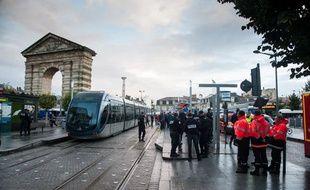 La place de la Victoire à Bordeaux, où une jeune femme est décédée après avoir été percutée par le tramway