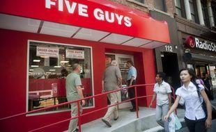 Un restaurant Five Guys à New-York