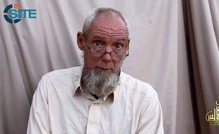 L'otage néerlandais au Mali Sjaak Rijke, sur des images publiées par Aqmi le 17 novembre 2014.
