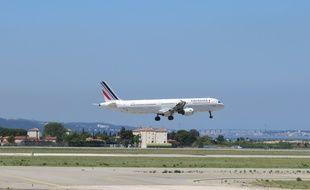 Un avion d'Air France a Marignane.