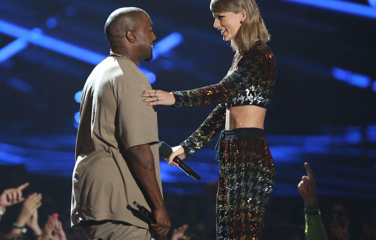Le temps de l'entente entre Kanye West et Taylor Swift, ici aux MTV Video Music Awards en août 2015, semble révolu. – Matt Sayles / AP / Sipa