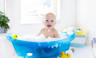 Voici une sélection des meilleures baignoires pour bébé.
