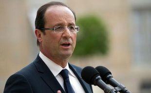 """Le président François Hollande est en bonne santé, après un examen clinique et para-clinique """"qui s'est révélé normal"""", a annoncé mardi l'Elysée."""