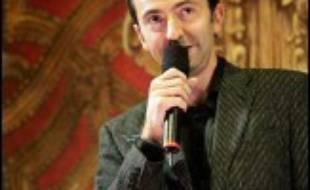 """Gérald Dahan a raconté sur la radio avoir """"piégé"""" la candidate à la présidentielle, après avoir piégé auparavant entre """"cinq et dix personnes"""" de son entourage pour pouvoir lui parler."""