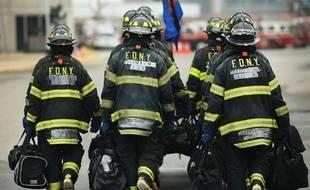 Des pompiers américains en plein entraînement à New York, le 9 mai 2014 (Illustration).