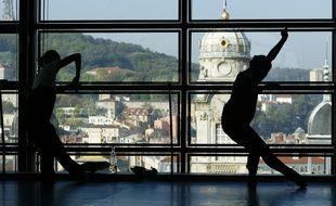 Le directeur du ballet de l'Opéra de Lyon a été condamné en appel pour discrimination.