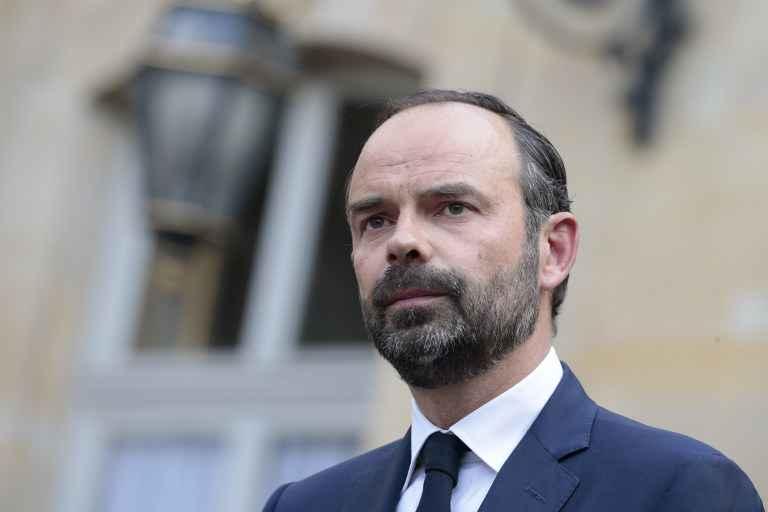 Le Drian et Bayrou devront démissionner des exécutifs locaux qu'ils dirigent