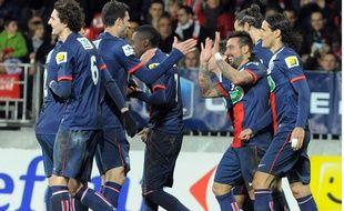 Les joueurs du PSG se congratulent lors de leur victoire à Brest, le 8 janvier 2013