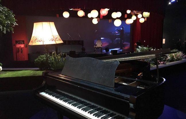 Un piano de la chanteuse à l'exposition «Barbara» à la Philharmonie de Paris