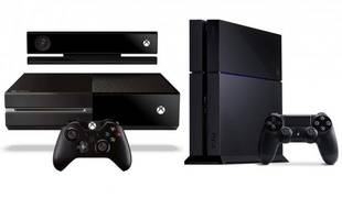 Les consoles de salon Xbox One de Microsoft et PlayStation 4 de Sony.