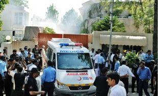 Les corps de cinq employés de l'ONU ont été retirés, hier, des décombres.