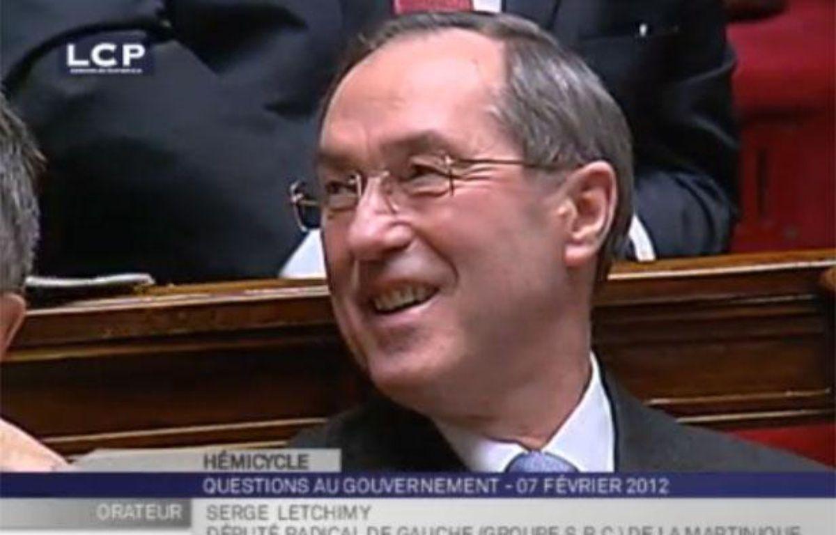 Claude Guéant, lors de l'intervention du député apparenté PS Serge Letchimy, qui a entraîné la suspension de séance, le 7 février 2012. – Caputure d'écran 20minutes.fr