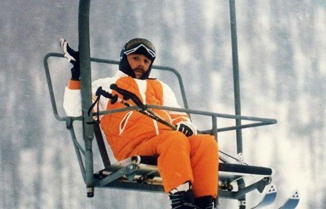 les bronz s font du ski le chanteur percevra des dommages et int r ts. Black Bedroom Furniture Sets. Home Design Ideas