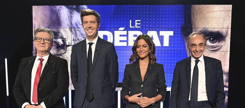 Jean-Luc Mélenchon à gauche et Eric Zemmour à droite.