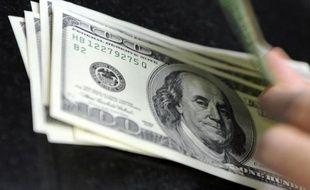La banque centrale des Etats-Unis a ouvert en grand les vannes du crédit en annonçant mercredi son intention d'injecter 600 milliards de dollars pour soutenir la reprise et les prix, au lendemain d'un scrutin ayant amené à Washington une majorité prônant l'austérité budgétaire.