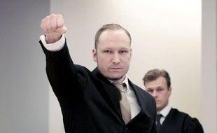 """""""Oui je le ferais de nouveau"""", a lancé Anders Behring Breivikau tribunal d'Oslo avant de demander l'acquittement, mardi au deuxième jour de son procès pour le massacre de 77 personnes qui avait débuté par le renvoi d'un juge"""