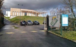 Le lycée Léonard de Vinci de Villefontaine dans le nord de l'Isère, où était inscrite Mila.