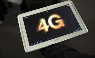 Les opérateurs de téléphonie mobile dégradent-ils volontairement leurs réseaux 3G pour forcer leurs clients à adopter la 4G, plus chère ? L'association UFC-Que Choisir a mis les pieds dans le plat en saisissant le gendarme des télécoms, en s'appuyant sur une enquête publiée mardi.